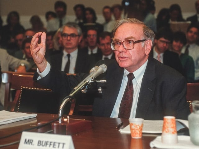 Warren Buffett- Top 10 Richest Man in the world and Godfather of Stock Market